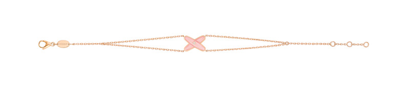 chaumet-jeux-de-liens-bracelet-in-pink-gold-diamonds-and-pink-opal